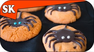 SPIDER CHOCOLATE CHIP COOKIES – Halloween Cookies
