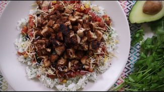 Dinner Recipes – How to Make Copycat Chipotle® Chicken